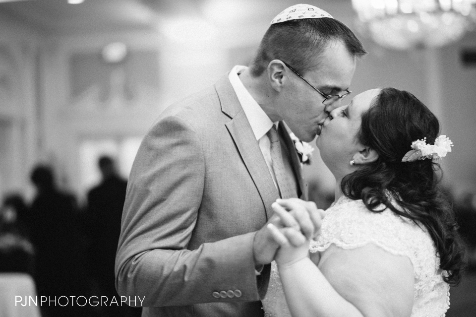 PJN Photography Queensbury Hotel Wedding Glens Falls NY Debbie and Bill 2014-29