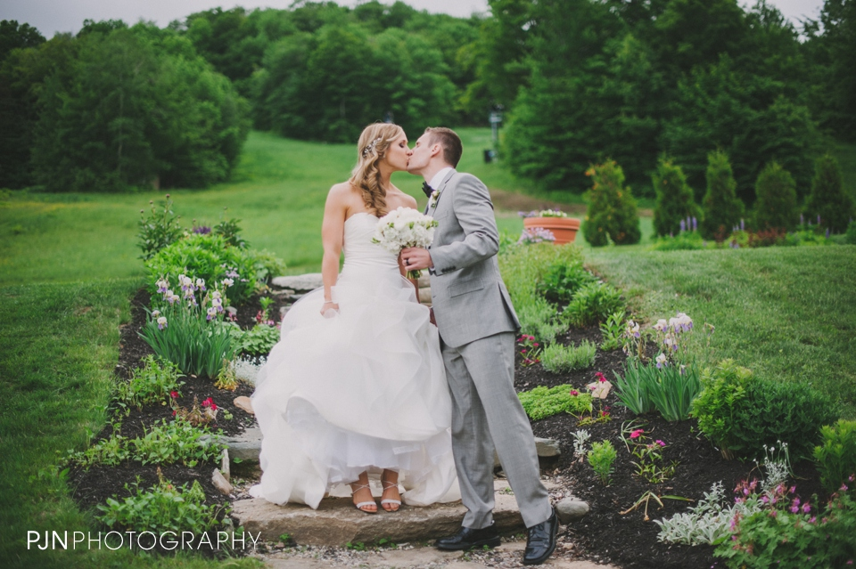 PJN Photography Laura & Chip Mount Snow Wedding West Dover Vermont-42
